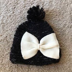 BCBG cream bow black Pom Pom hat